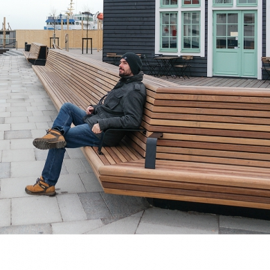 Street furniture - Cliffhanger Bench, Helsingborg (SE)